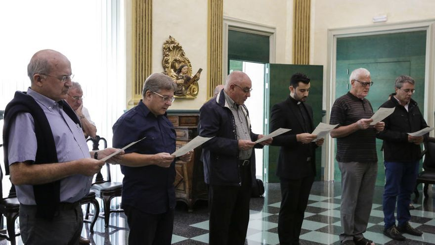 Deu capellans han près possessió dels seus nous càrrecs parroquials