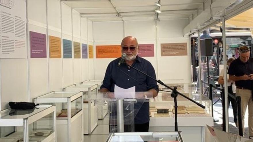 Biel Mesquida inaugura la feria del libro de segunda mano de Barcelona