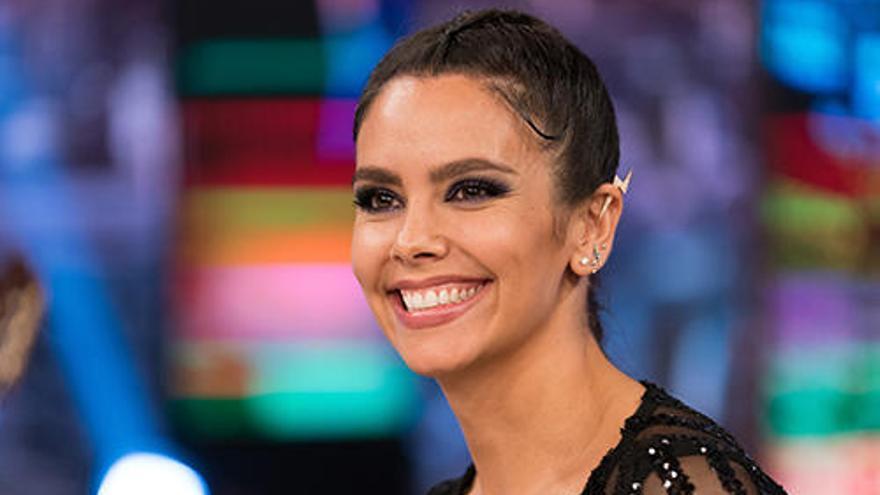 El sofisticado look con el que Cristina Pedroche promociona las Campanadas