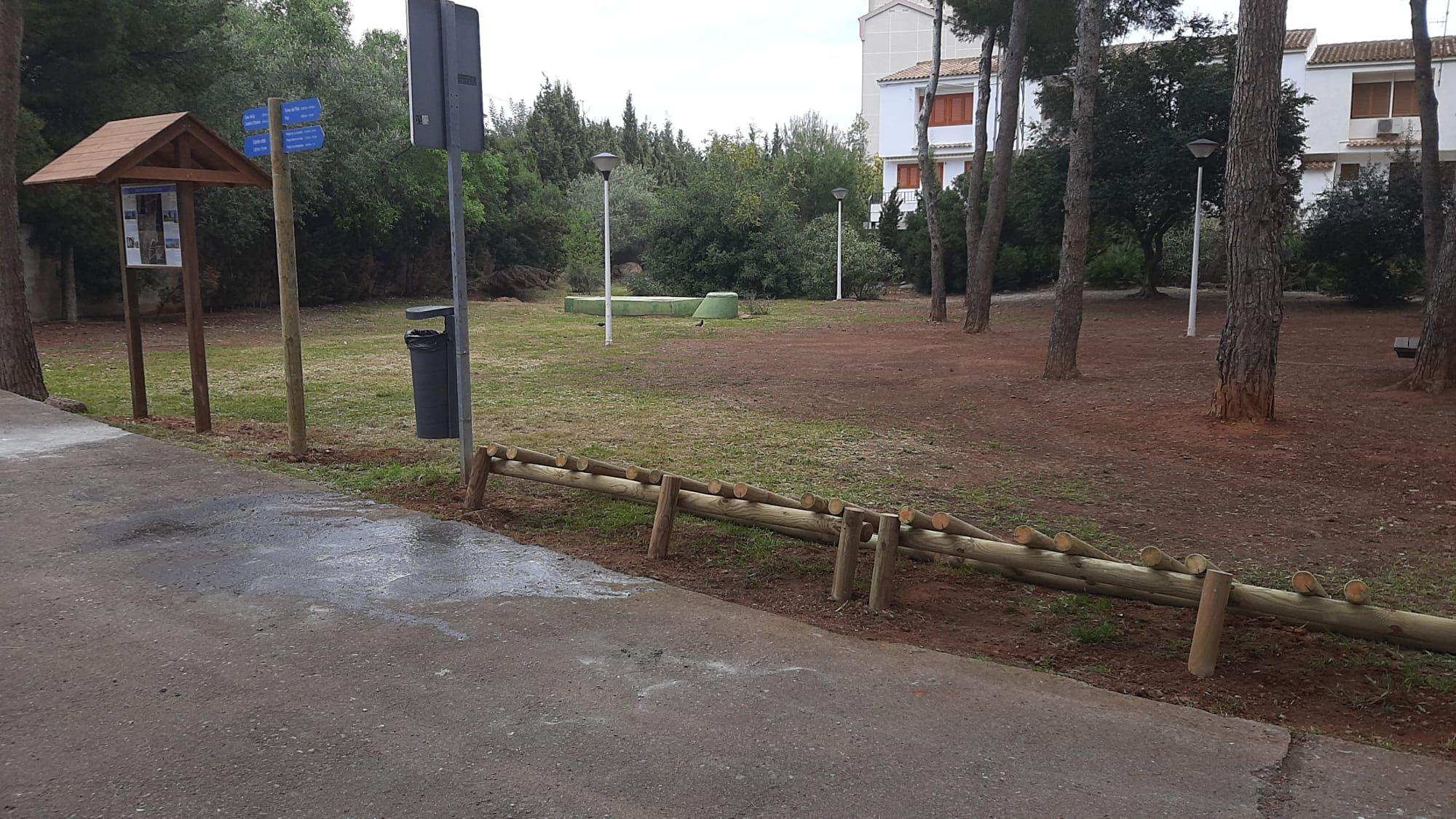 aparcabicis_se�aletica_entrada_via_verde_oropesa (2).jpeg