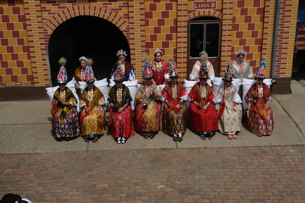 Croacia - Procesión de primavera de las Reinas de Gorjani.