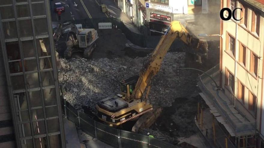 El viaducto de la ronda de Nelle queda dividido por las obras de demolición