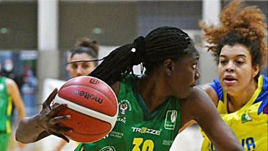 Bineta Ndoye deja las filas del Arxil para irse al Estepona