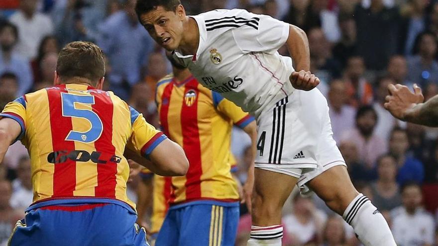 Chicharito es el delantero elegido por el Valencia CF