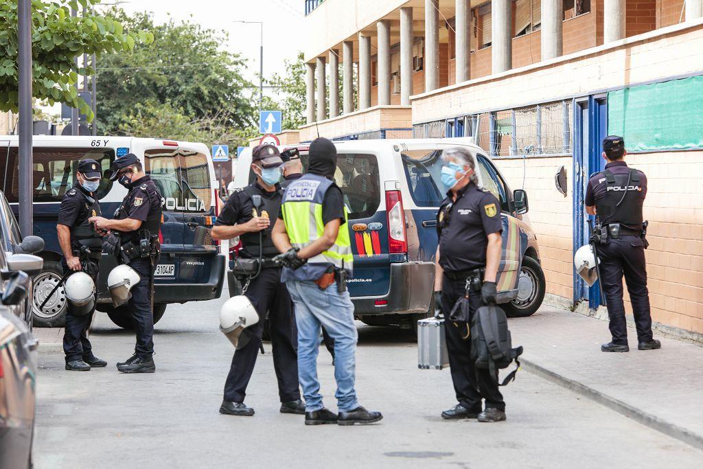 Intervención policial. Menudeo, gallos y tortugas en Ministriles, Lorca-3626.jpg