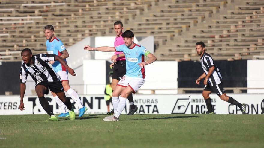 Javi Flores cumple 200 partidos oficiales vistiendo la camiseta del Córdoba CF