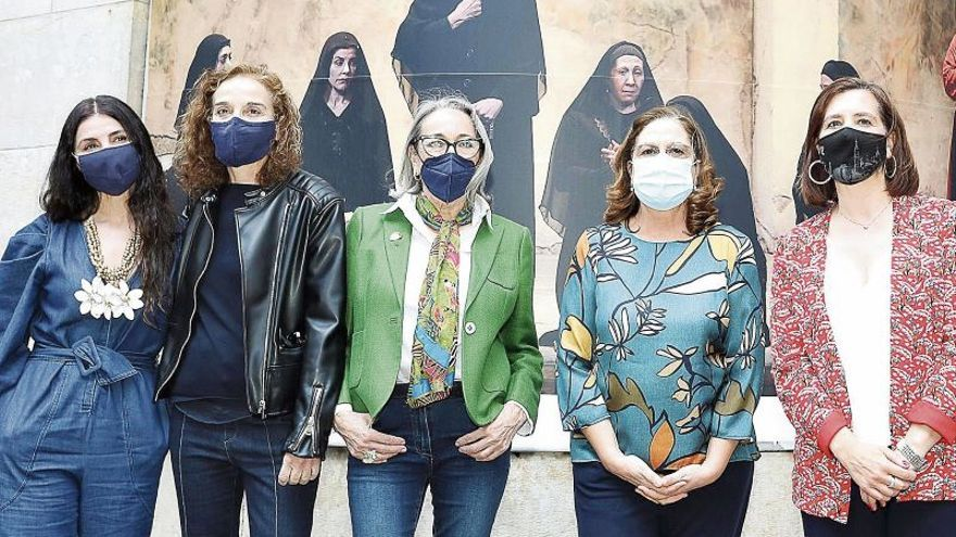 Ocho mujeres defienden a Lorca en el Teatro Principal
