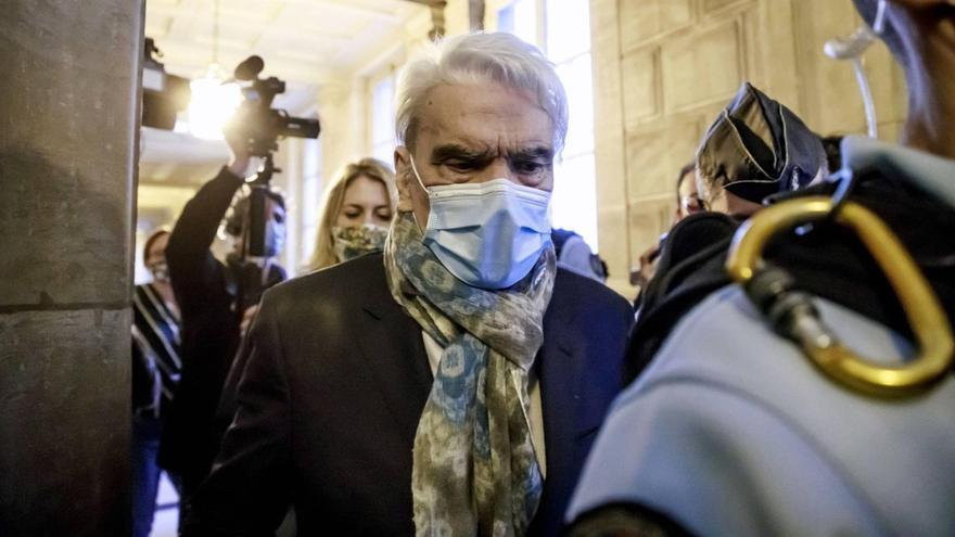 El empresario francés Bernard Tapie, agredido en un robo en su domicilio