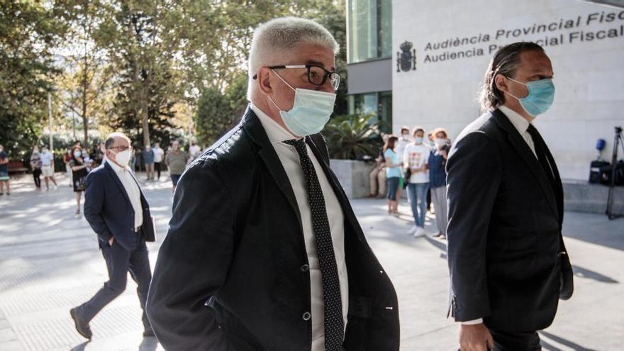 """Jaraba esgrime que encontró una RTVV """"en quiebra"""" y que se bajó el sueldo un 18%"""