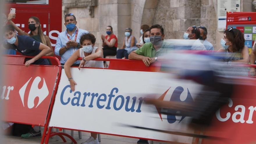 Carrefour entregará 3.700 productos locales y mil desayunos con La Vuelta en Jaén y Córdoba