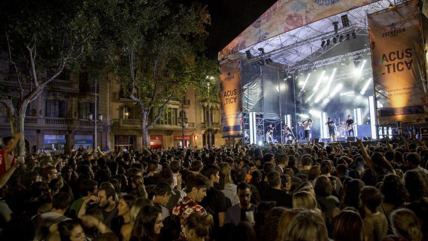 El Festival Acústica fa de Figueres un gran escenari durant quatre dies