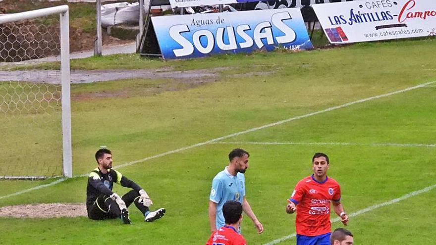 La UD Ourense, a seguir apretando