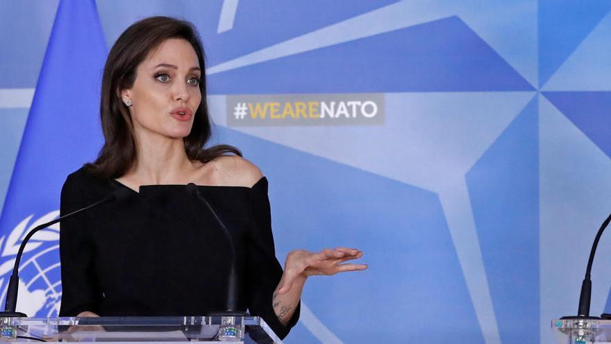 Angelina Jolie pondrá a la venta un cuadro que Churchill regaló a Franklin D. Roosevelt