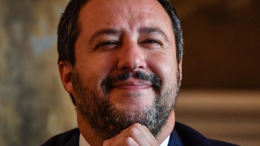"""Salvini no cambiará el presupuesto ni con """"doce cartas"""" de Bruselas"""