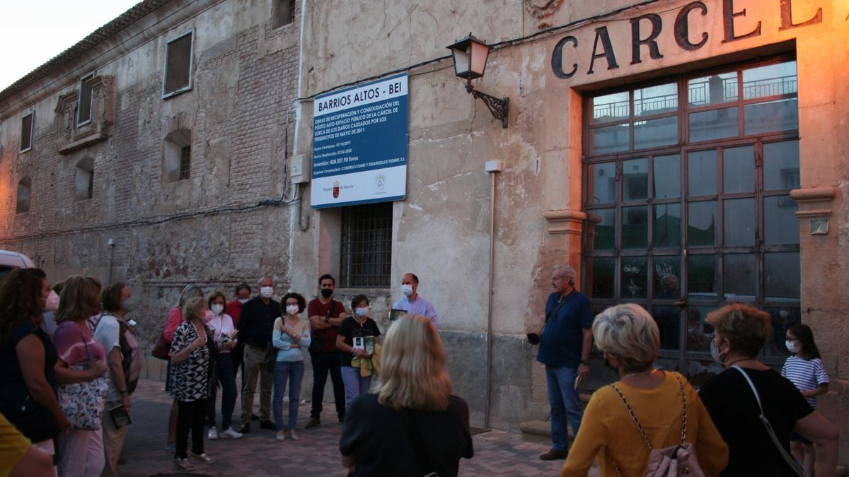 A las puertas de la antigua cárcel se recordaron algunos pasajes de la historia de Eliodoro.