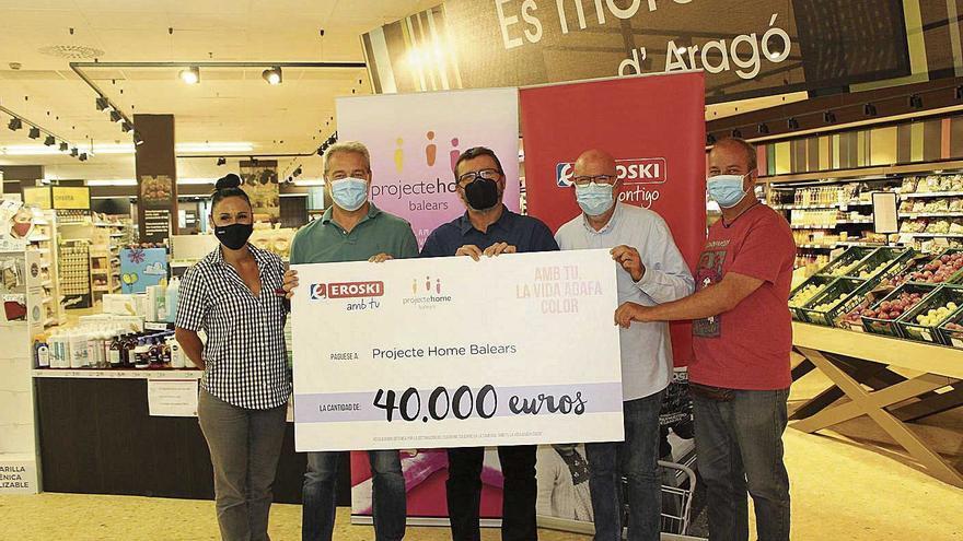 Eroski entrega a Proyecto Hombre 40.000 euros