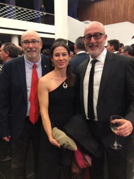 Manuel Alcaraz, conseller de Transparencia; Carmen Collado, adjunta a la gerencia del Colegio de Médicos y Rogelio Fenoll, jefe de Cultura de INFORMACIÓN