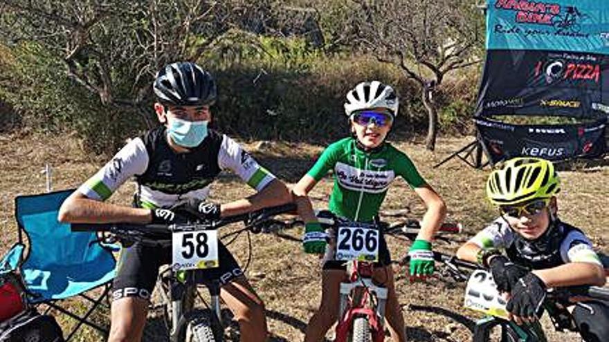 El saforense Miquel Faus roza el podio en el autonómico de ciclismo BTT