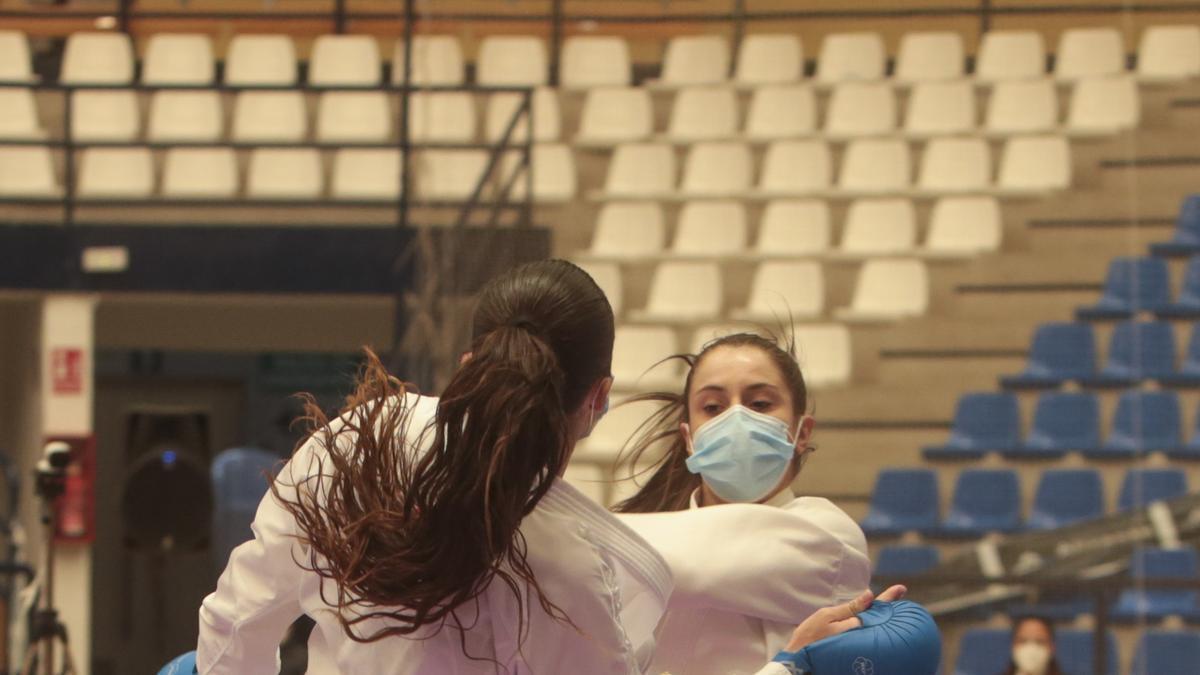 La élite del kárate español abre el año en Alicante