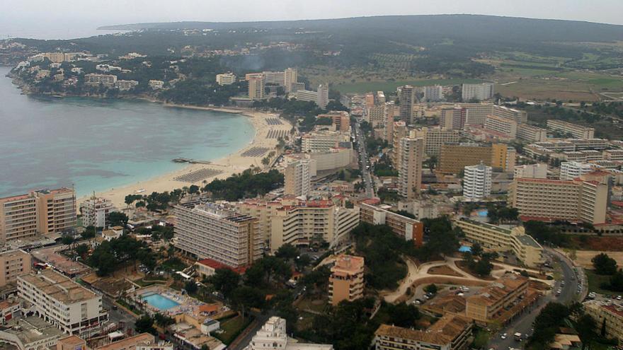 La patronales aplauden la ampliación de hoteles y eliminación de trámites