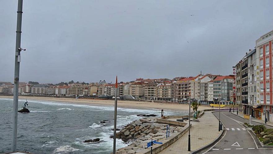 Unos 200.000 metros cuadrados en el puerto de Sanxenxo tienen ya wifi gratis