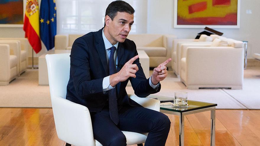 Pedro Sánchez, durante la entrevista en la Moncloa.