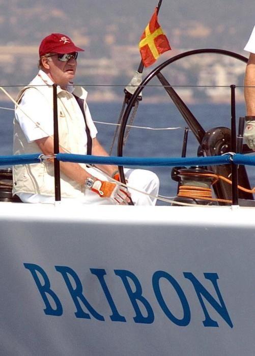 Juan Carlos al mando del Bribón.