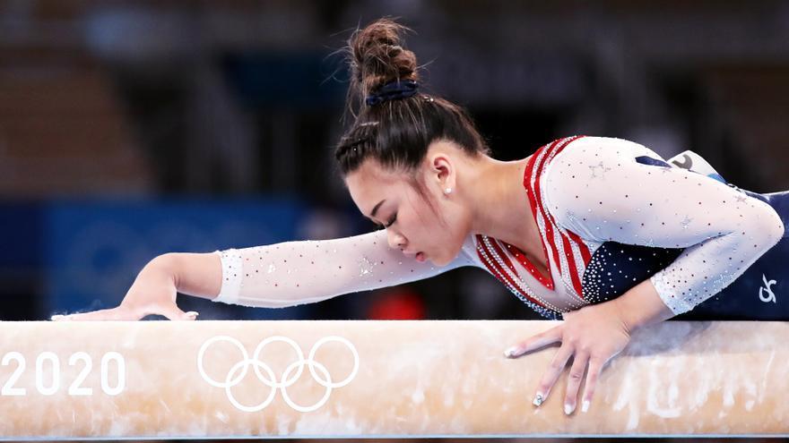 Sunisa Lee campeona por delante de Rebeca Andrade, primera medallista brasileña