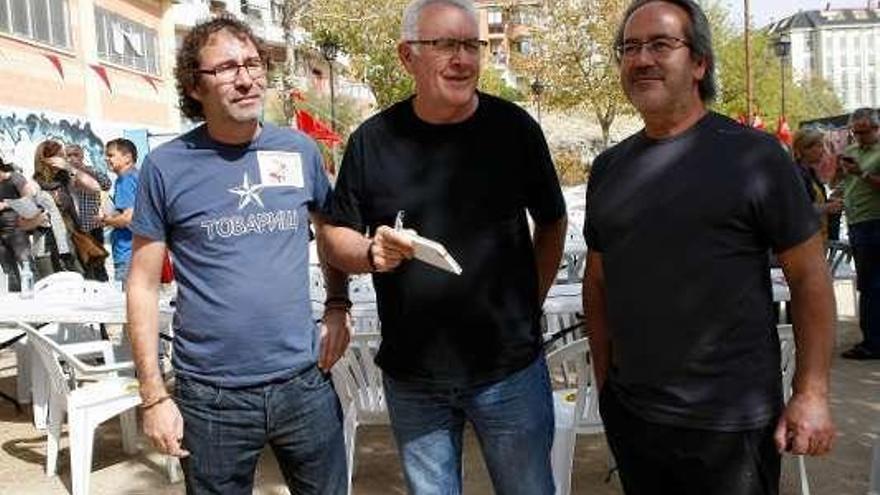 El grupo Reincidentes, protagonista de la fiesta anual de Izquierda Unida
