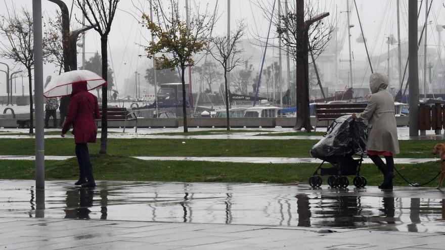 A Coruña encara con lluvias el fin de semana previo a la Navidad