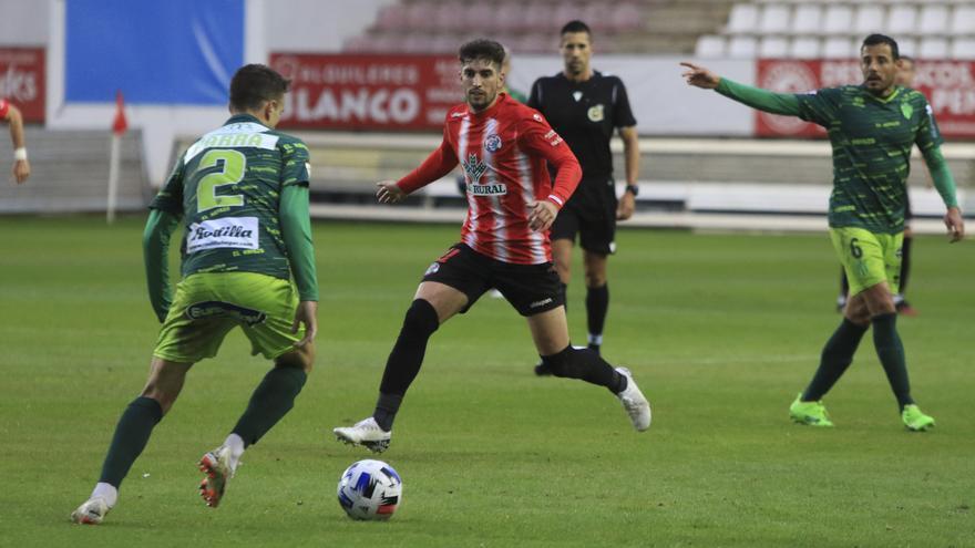 El Guijuelo - Zamora CF, a un paso del aplazamiento