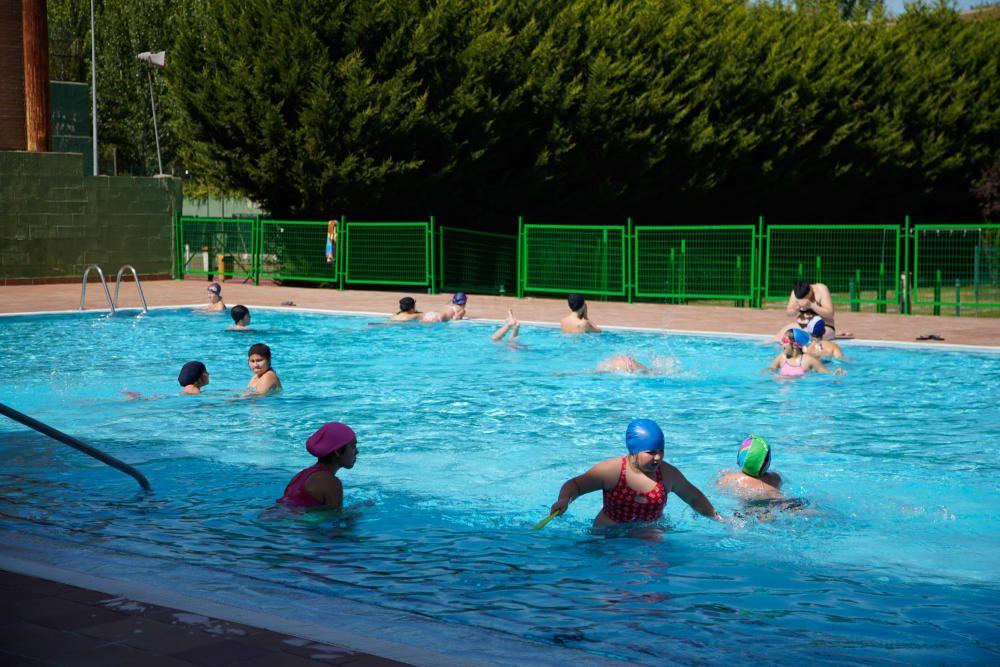 Apertura de la piscina Sindical