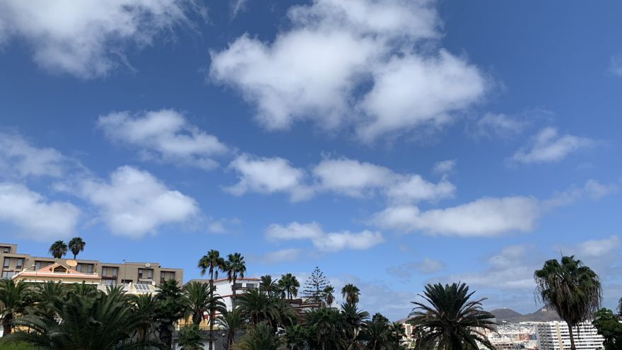 Cielos despejados y máximas en ligero ascenso este domingo en Canarias
