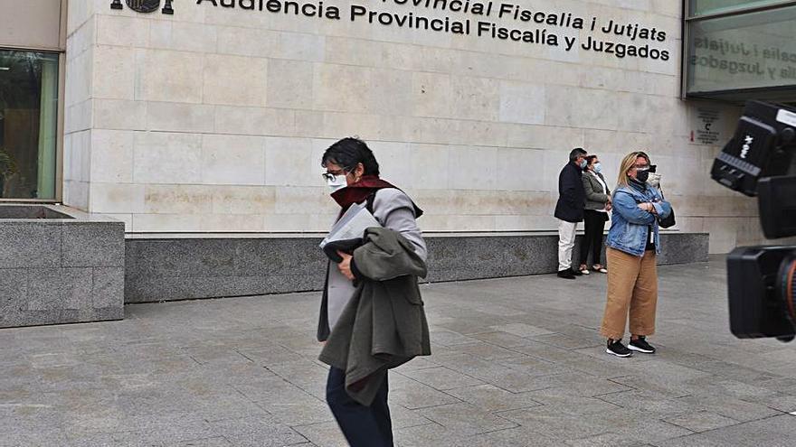 La fiscal del caso del ex de Oltra apunta a la conselleria por no proteger a la menor