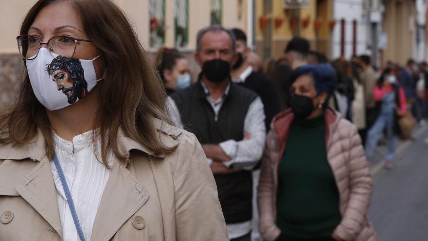 La Xunta defenderá que se pueda tomar el sol sin mascarilla, como recoge la norma gallega
