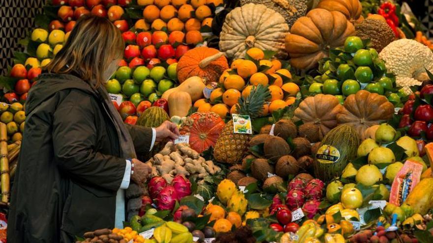 Dos investigadores de la UMH analizan el valor nutricional de alimentos a la venta