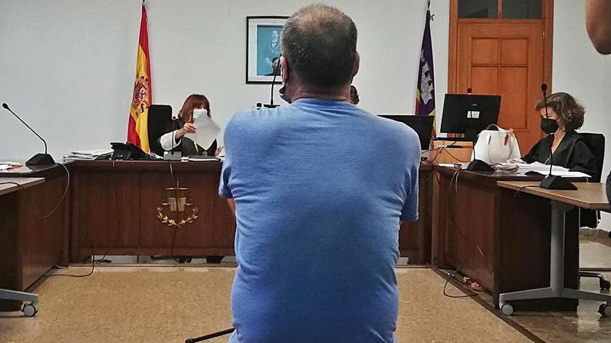 Un preso por violar a tres niños en Palma abusa de su compañero de celda