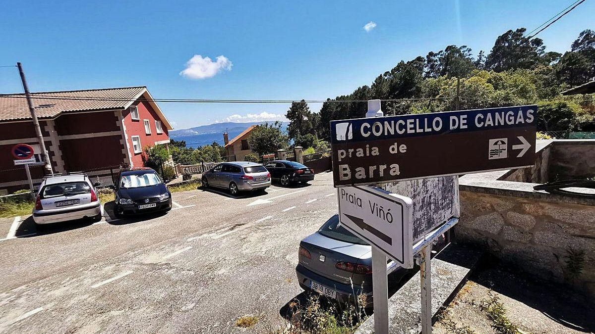 Accesos a la playa de Barra, en Cangas do Morrazo.