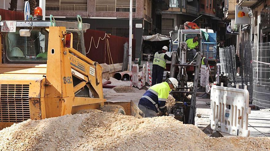 Las obras de nueve calles para convertirse en plataformas únicas concluyen en mayo