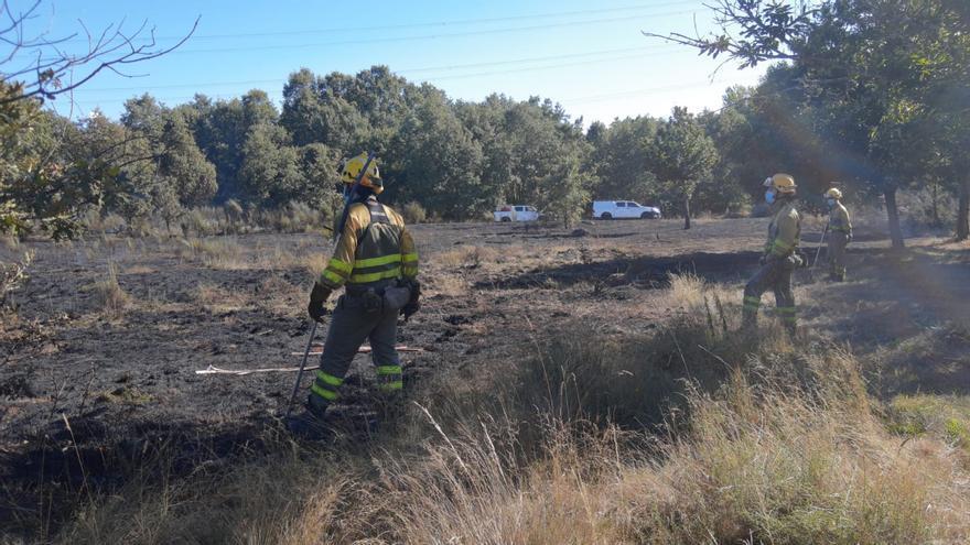 Activos el incendio de Galicia que entró en Castromil y otro en Rionegro
