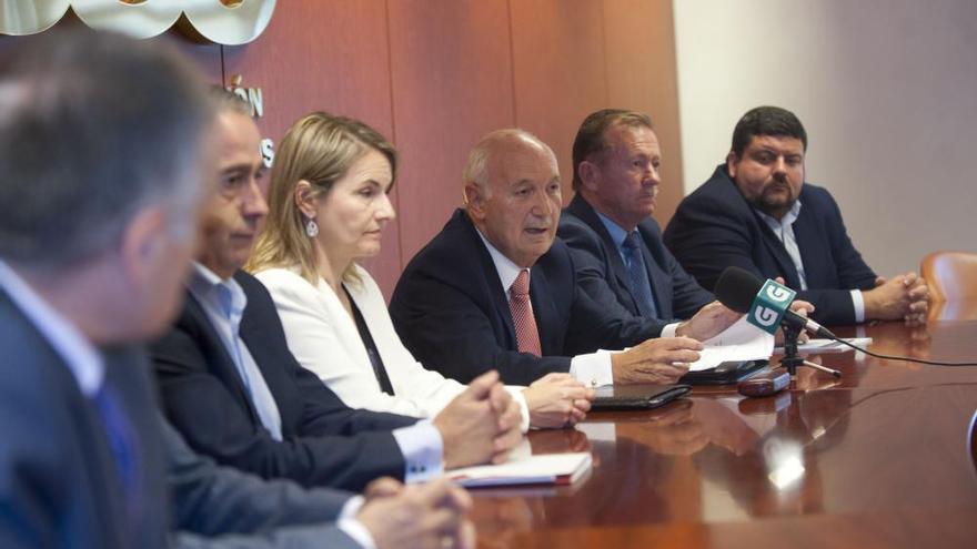 La patronal coruñesa defiende que Arias siga al frente de la CEG