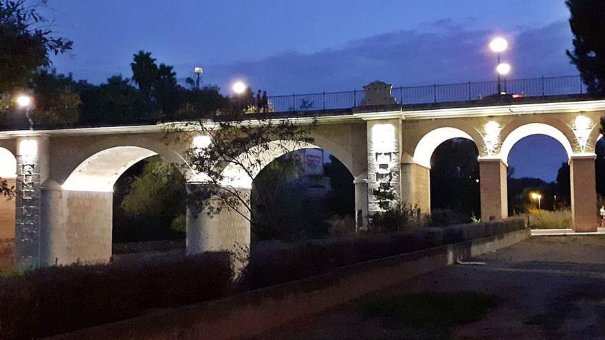 Picassent invierte 40.000 € en restaurar y limpiar su puente centenario