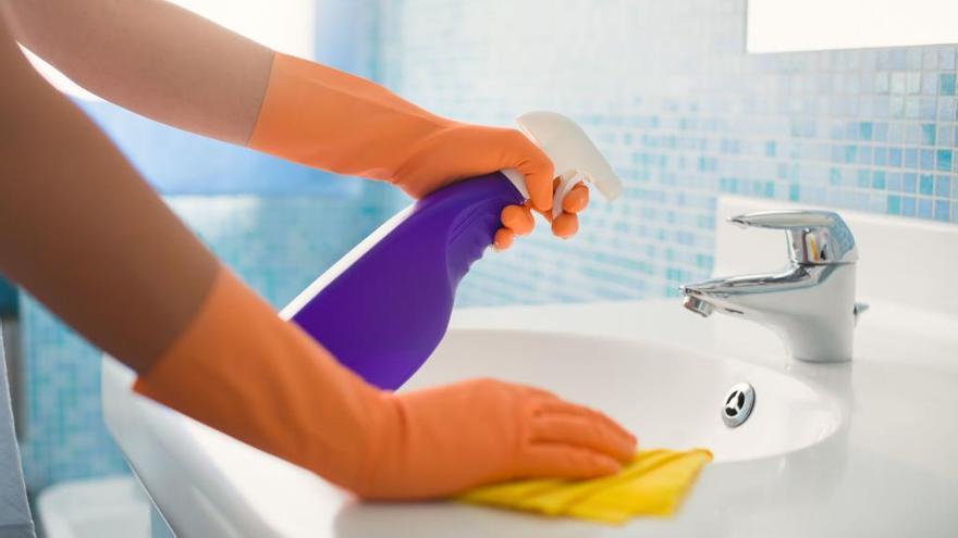 El producto perfecto tienes en casa para limpiar y desinfectar la cocina o el baño
