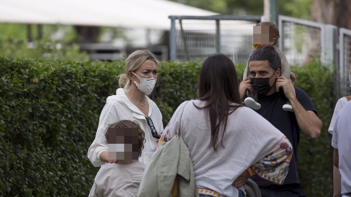 Marta Ortega y Carlos Torretta, amor y complicidad en la hípica con su hija Matilda