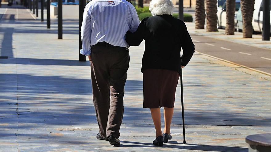 La soledad no deseada en los mayores se agrava por la pandemia
