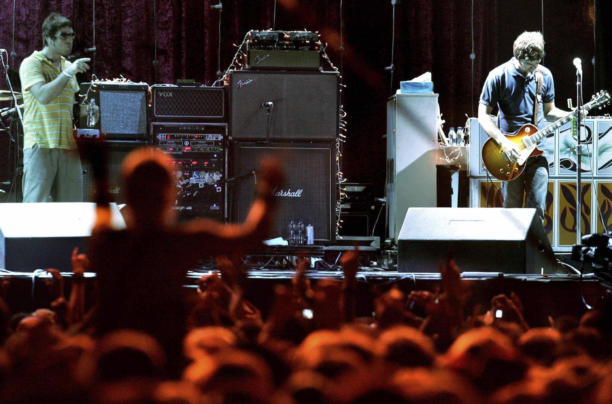 Oasis. 2005.JPG