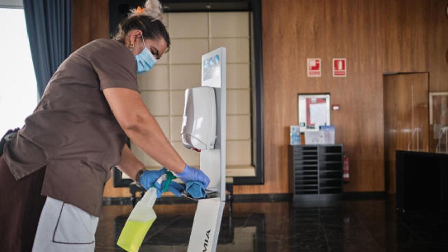 23.754 empresas canarias se endeudan con avales del Estado para sobrevivir