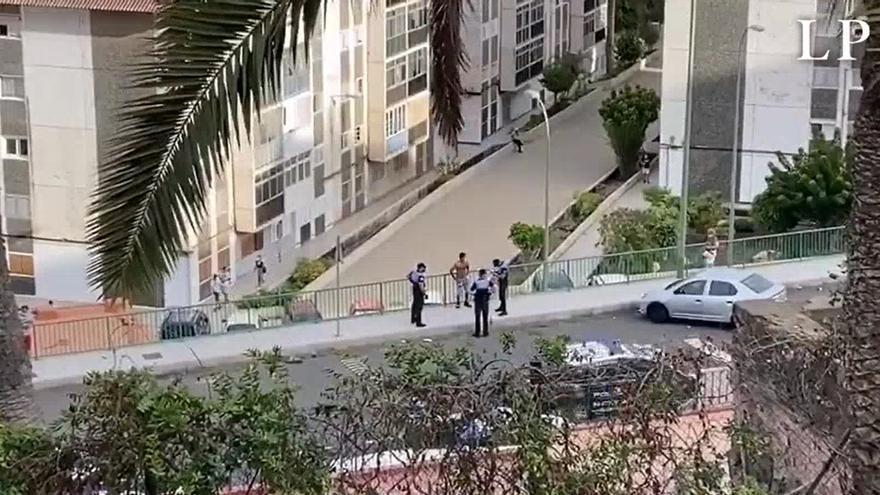 La Policía Local para una trifulca en La Paterna