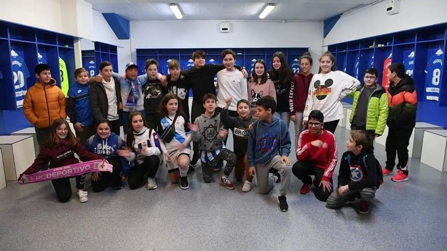 Alumnos de O Graxal en 'Valores Branquiazuis'