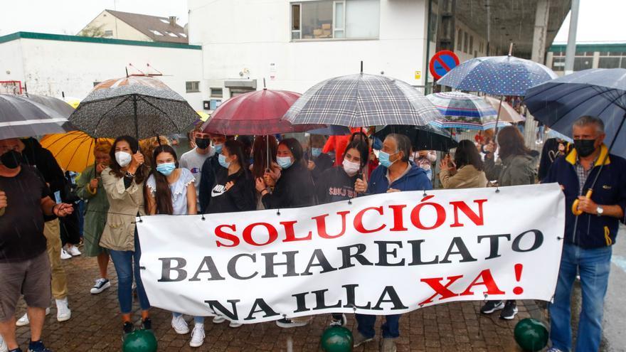 Educación no acepta las matrículas de los alumnos del instituto de A Basella